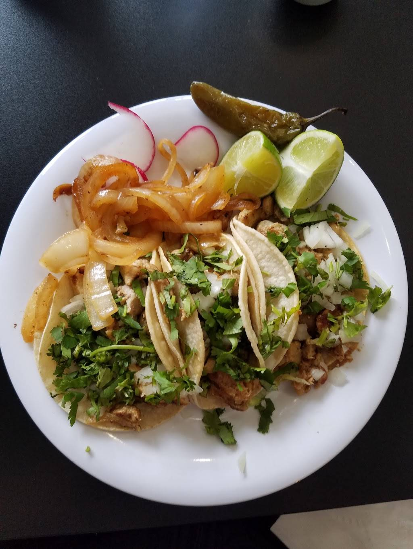 Taqueria Mendoza - restaurant  | Photo 2 of 10 | Address: 5055 Sun Valley Blvd, Sun Valley, NV 89433, USA | Phone: (775) 376-8410