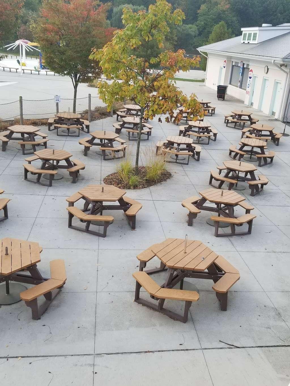 Tibbetts Brook Park - park  | Photo 10 of 10 | Address: 355 Midland Ave, Yonkers, NY 10704, USA | Phone: (914) 231-2865