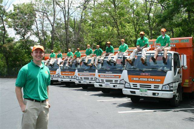 College Hunks Hauling Junk and Moving - moving company  | Photo 9 of 10 | Address: 11801 W Fairview Ave, Wauwatosa, WI 53226, USA | Phone: (414) 436-2909