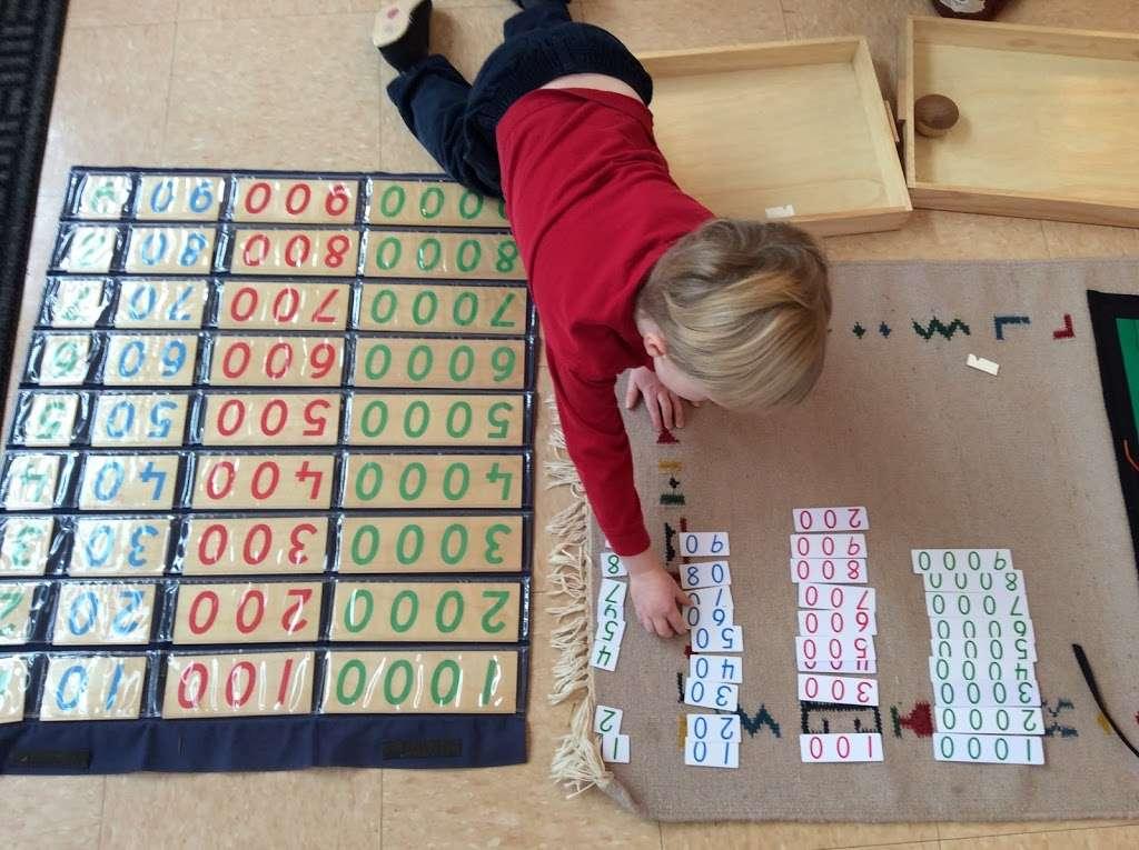 Village Montessori School - school  | Photo 4 of 10 | Address: 33874 Snickersville Turnpike, Bluemont, VA 20135, USA | Phone: (540) 454-7514