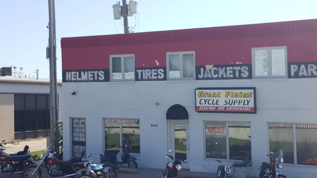 Great Plains Cycle Supply - car repair  | Photo 6 of 10 | Address: 2542 N 27th St A, Lincoln, NE 68521, USA | Phone: (402) 467-4126