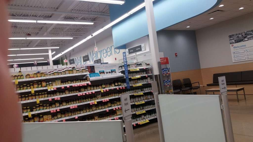 Walgreens Pharmacy - pharmacy  | Photo 6 of 10 | Address: 6001 W 95th St, Oak Lawn, IL 60453, USA | Phone: (708) 636-5615