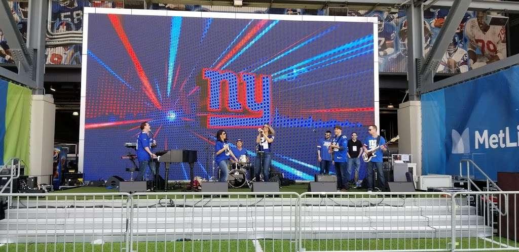 Giants Stadium - stadium  | Photo 4 of 10 | Address: 50 NJ-120, East Rutherford, NJ 07073, USA