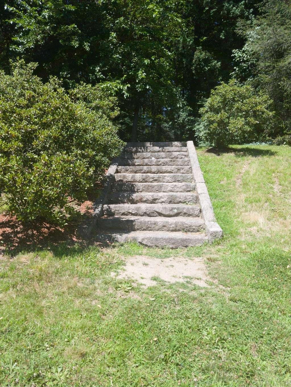 Greycourt State Park - park  | Photo 10 of 10 | Address: 37 Pleasant St, Methuen, MA 01844, USA | Phone: (978) 983-8545