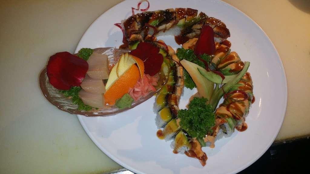 Sakamoto Japanese Grill and Sushi - restaurant  | Photo 8 of 10 | Address: 2984 US-34, Oswego, IL 60543, USA | Phone: (630) 554-2388