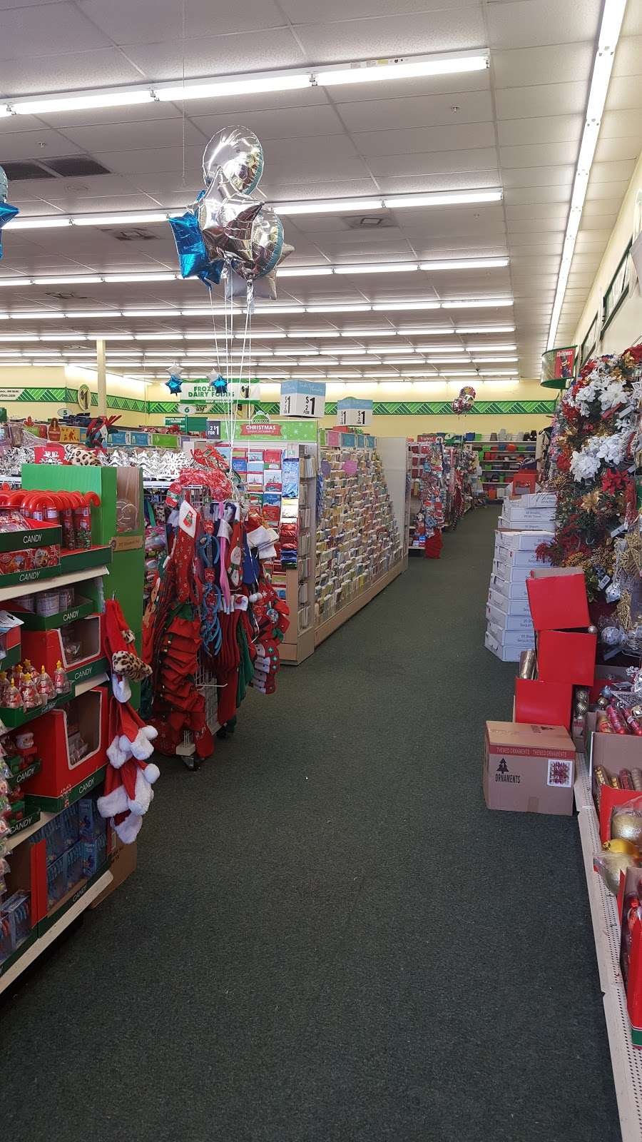 Dollar Tree - furniture store  | Photo 5 of 10 | Address: 7201 Shoppes Dr, Melbourne, FL 32940, USA | Phone: (321) 615-9218