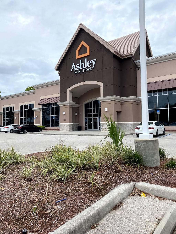 Ashley HomeStore - furniture store  | Photo 1 of 8 | Address: 2615 Vildibill Dr, Brandon, FL 33510, USA | Phone: (813) 654-5955