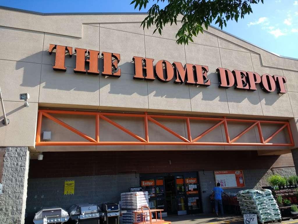 The Home Depot - furniture store  | Photo 8 of 10 | Address: 12275 Price Club Plaza, Fairfax, VA 22030, USA | Phone: (703) 266-9800