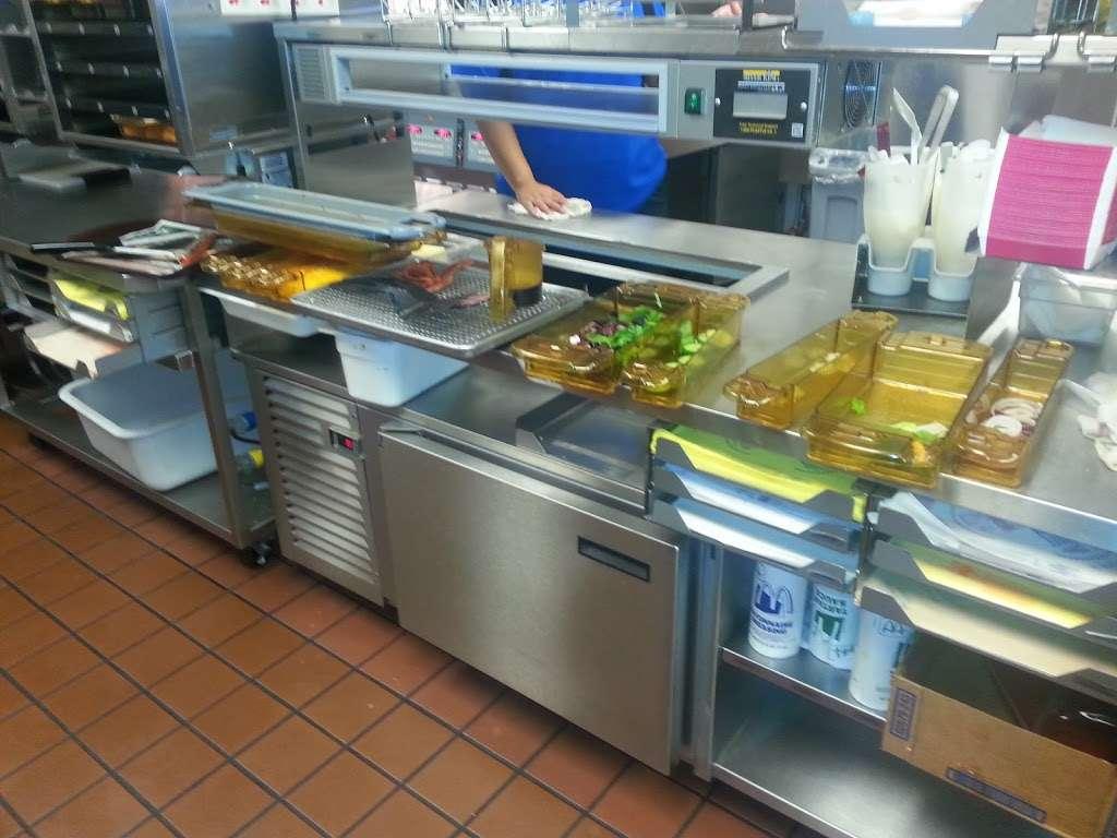 McDonalds - cafe  | Photo 2 of 10 | Address: 10785 W Olive Ave, Peoria, AZ 85345, USA | Phone: (623) 977-1720
