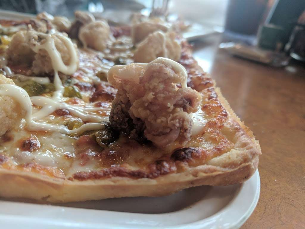 Ledo Pizza - meal takeaway  | Photo 8 of 10 | Address: 5350 Campbell Blvd, Nottingham, MD 21236, USA | Phone: (410) 931-5336