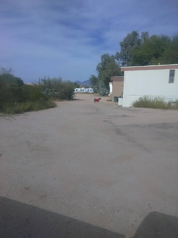 Best Wire Mesh Fence - store    Photo 4 of 4   Address: 4561 E Rex St #13, Tucson, AZ 85706, USA   Phone: (520) 222-9304
