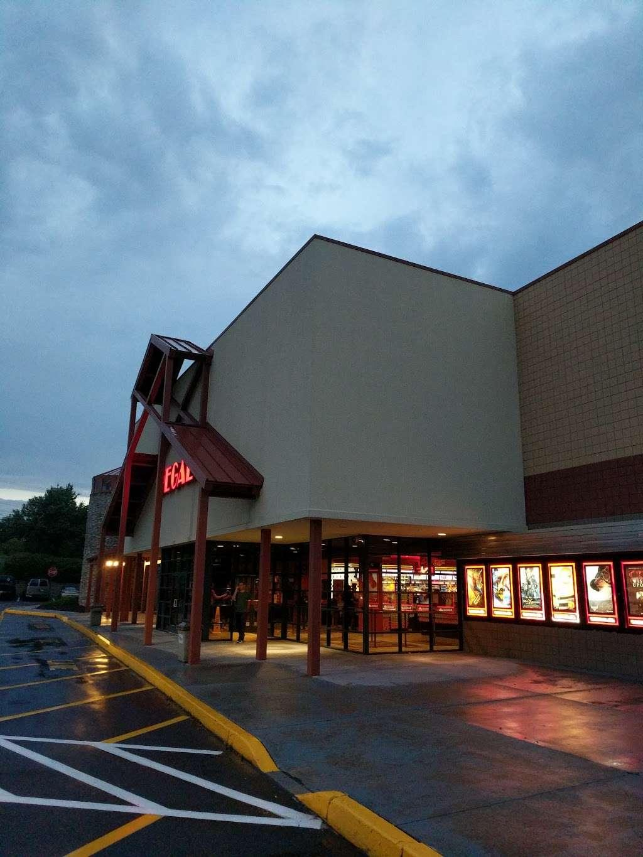 Barn Regal Cinema Doylestown - BARN DESIGN