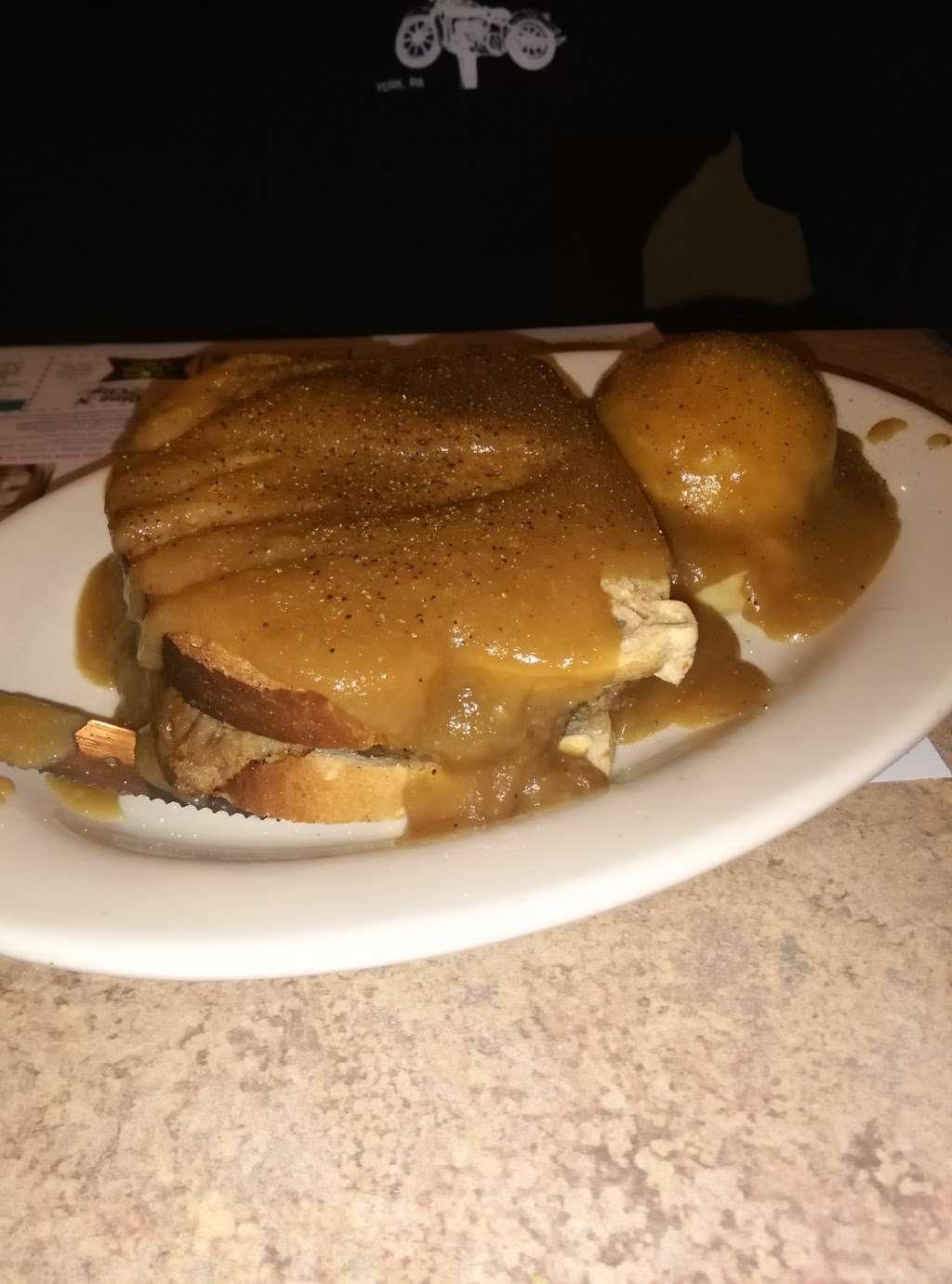 Rivertowne Restaurant & Bar - restaurant  | Photo 9 of 10 | Address: 960 Hellam St, Wrightsville, PA 17368, USA | Phone: (717) 252-3184