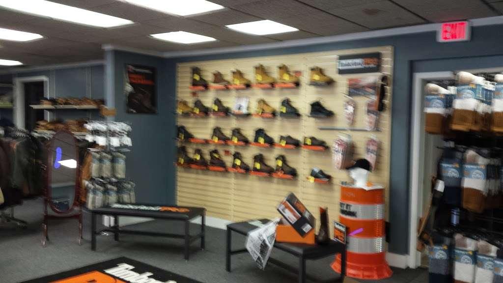 B & S Enterprises - clothing store    Photo 1 of 10   Address: 1280 Porter Rd, Bear, DE 19701, USA   Phone: (302) 834-8337