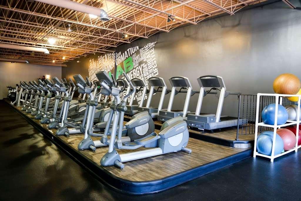 FITLAB Fitness Club Merrimack - gym  | Photo 2 of 10 | Address: 515 Daniel Webster Hwy, Merrimack, NH 03054, USA | Phone: (603) 429-4653