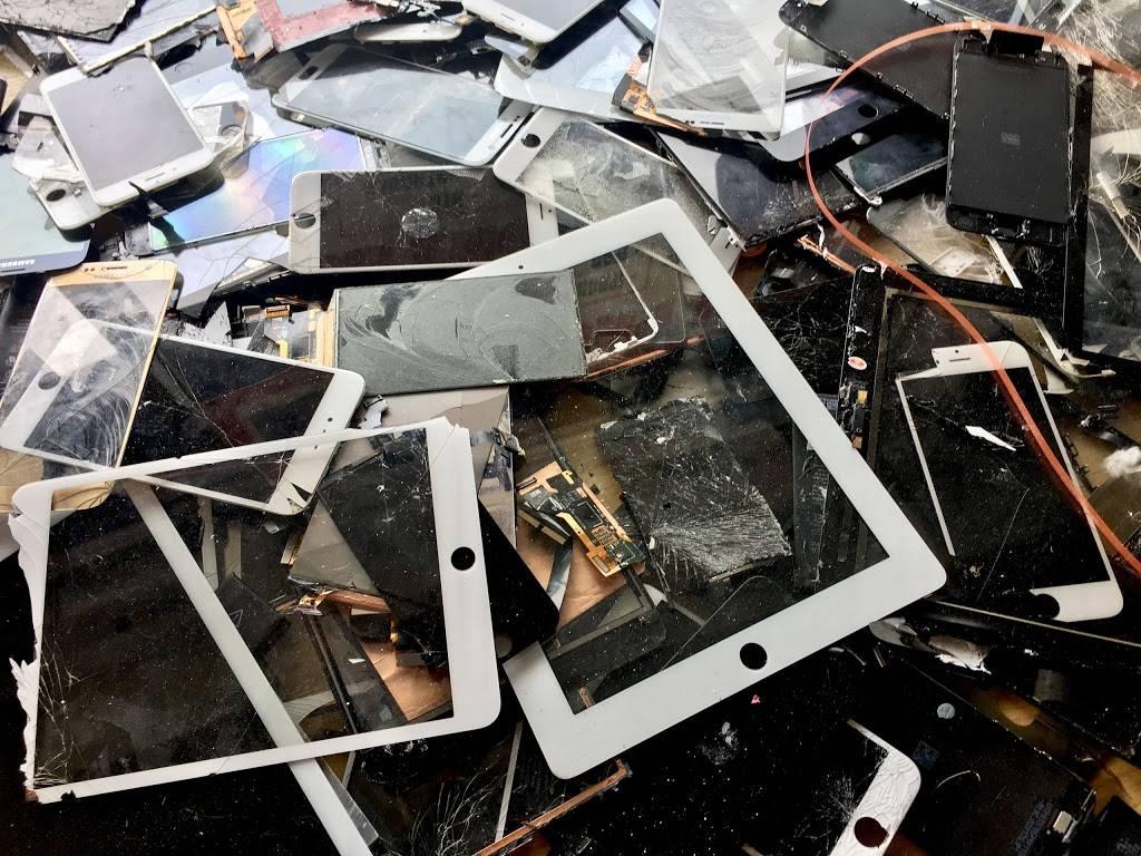 Uptown Phone Repairs - store  | Photo 5 of 7 | Address: 5456 Nicollet Ave, Minneapolis, MN 55419, USA | Phone: (612) 345-4132