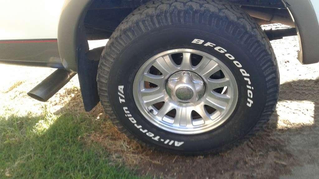 LKQ Pick Your Part - Fontana - car repair  | Photo 3 of 10 | Address: 15228 Boyle Ave, Fontana, CA 92337, USA | Phone: (800) 962-2277