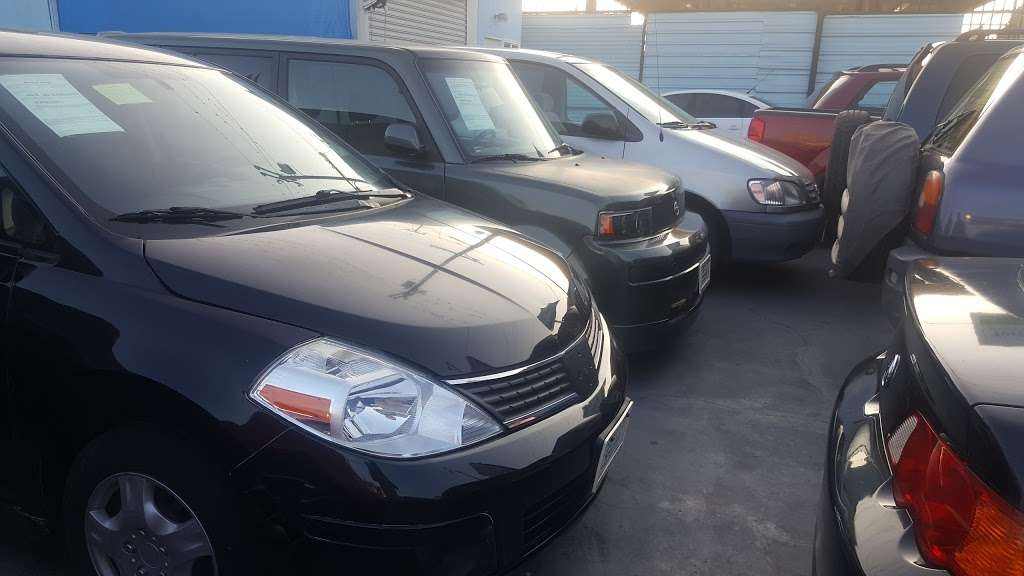 Carlos Auto Sales - car dealer  | Photo 10 of 10 | Address: 8605 Ivy St, Los Angeles, CA 90002, USA | Phone: (323) 585-0367