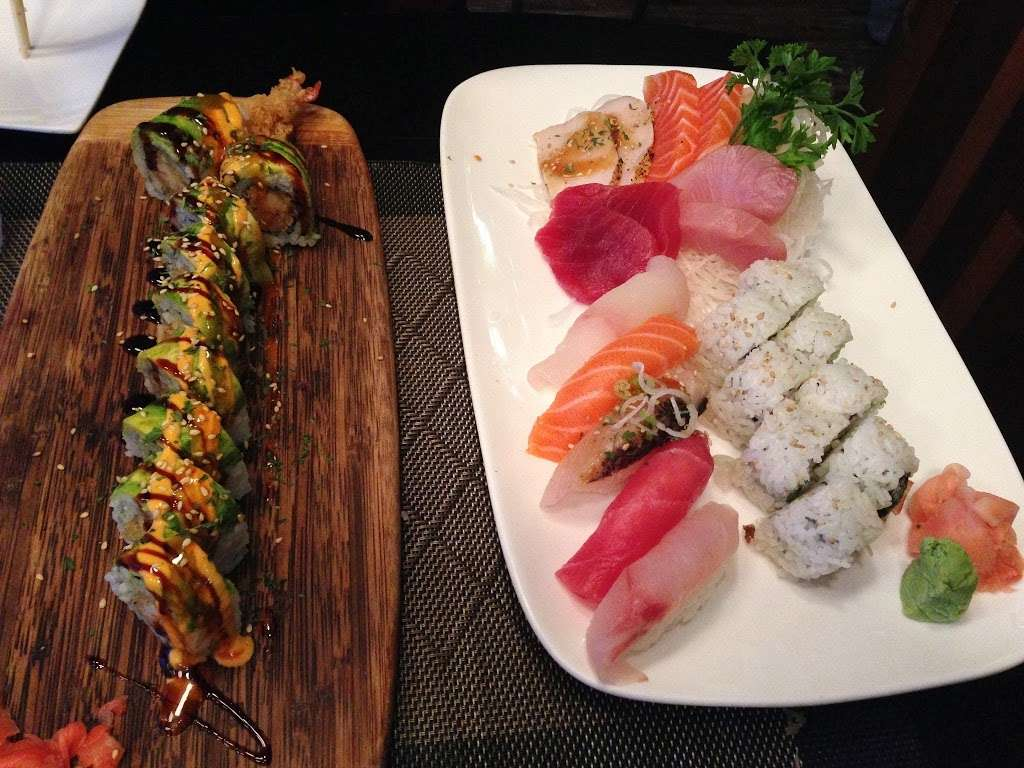 Iron Chef House - restaurant  | Photo 7 of 10 | Address: 92 Clark St, Brooklyn, NY 11201, USA | Phone: (718) 858-8517