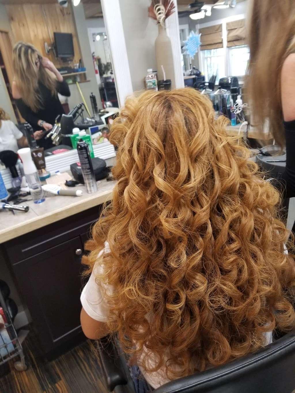 Wild Hairs Salon - hair care  | Photo 1 of 10 | Address: 508 Denise Ct, Williamstown, NJ 08094, USA | Phone: (856) 629-4712