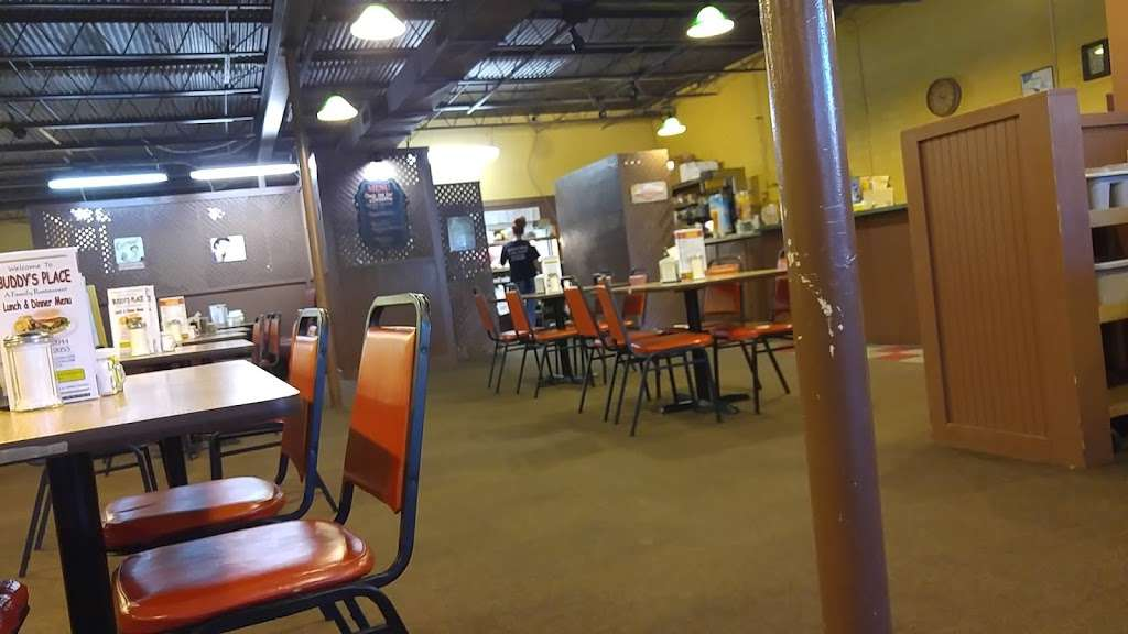 Buddys Place - restaurant  | Photo 8 of 10 | Address: 7698, 1470 S Main St, Mt Pleasant, NC 28124, USA | Phone: (704) 436-2044