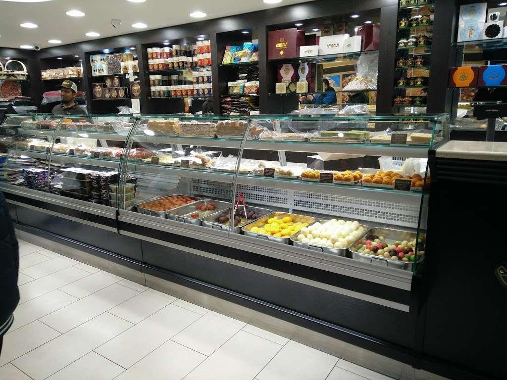 Ambala - store  | Photo 1 of 10 | Address: 201 Upper Tooting Rd, London SW17 7TG, UK | Phone: 020 8672 4867