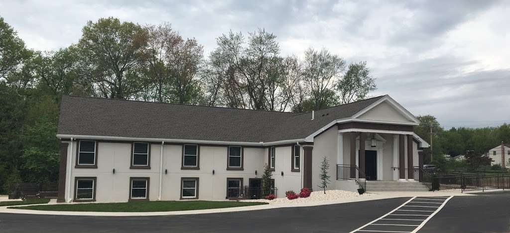 Russian Evangelical Baptist Church - church    Photo 1 of 6   Address: 4055 Davisville Rd, Hatboro, PA 19040, USA