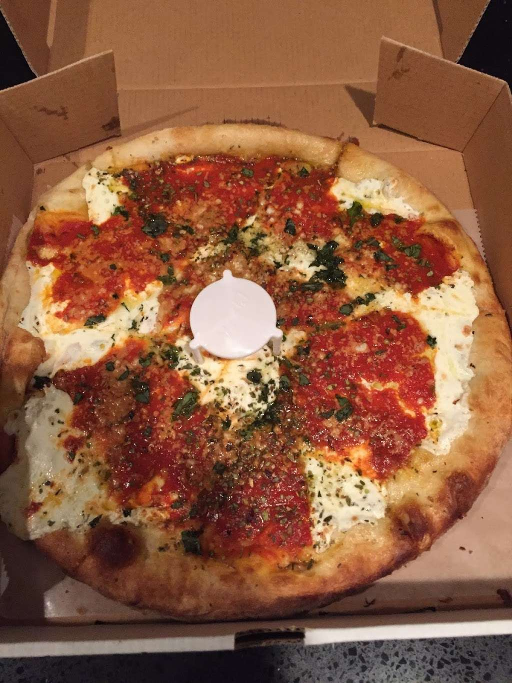 Master Pizza Carlstadt N.J. - meal delivery  | Photo 3 of 10 | Address: 401 Hackensack St, Carlstadt, NJ 07072, USA | Phone: (201) 903-0050
