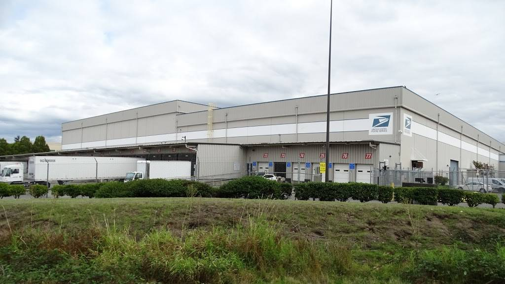 USPS. Processing & Distribution Center - post office  | Photo 1 of 8 | Address: 10700 27th Ave S, Tukwila, WA 98168, USA | Phone: (206) 768-4381
