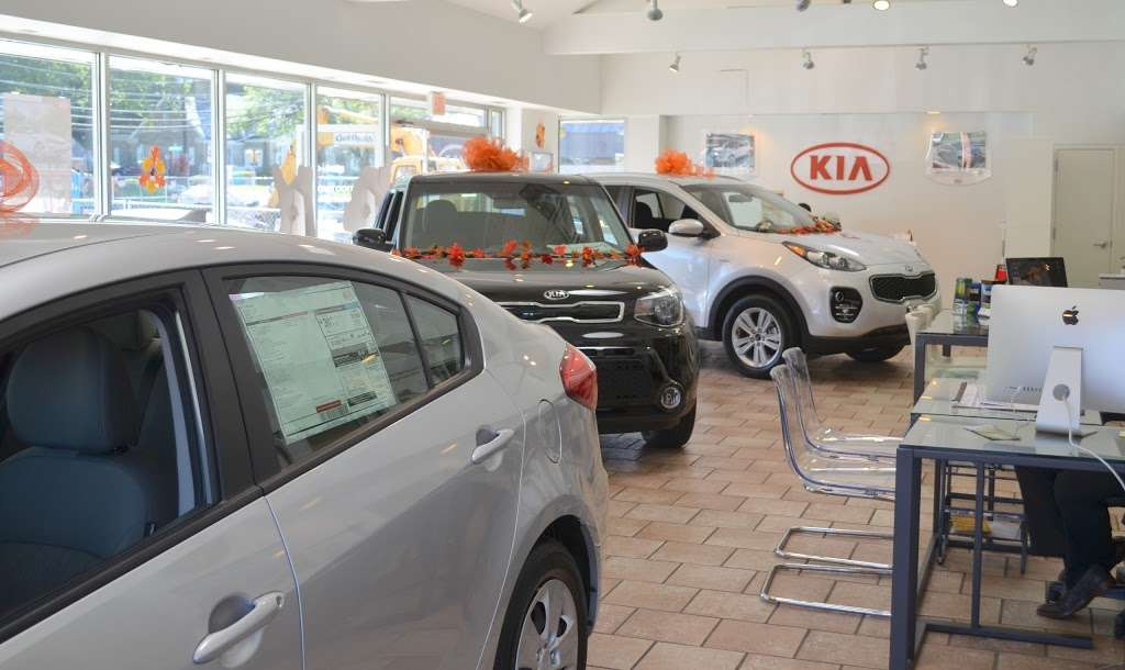 Prestige Kia - car dealer  | Photo 5 of 10 | Address: 95 County Rd, Tenafly, NJ 07670, USA | Phone: (201) 871-9400