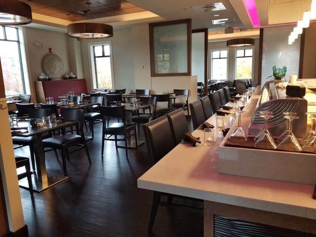 Bluefin Eagleview - restaurant    Photo 1 of 10   Address: 555 Wellington Square, Exton, PA 19341, USA   Phone: (610) 458-3234