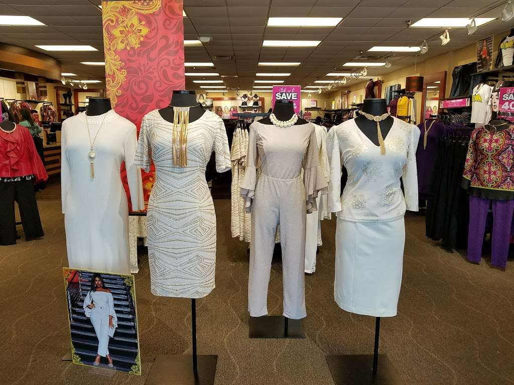 Ashley Stewart - clothing store    Photo 1 of 3   Address: 7461 W Colonial Dr, Orlando, FL 32818, USA   Phone: (407) 298-4760