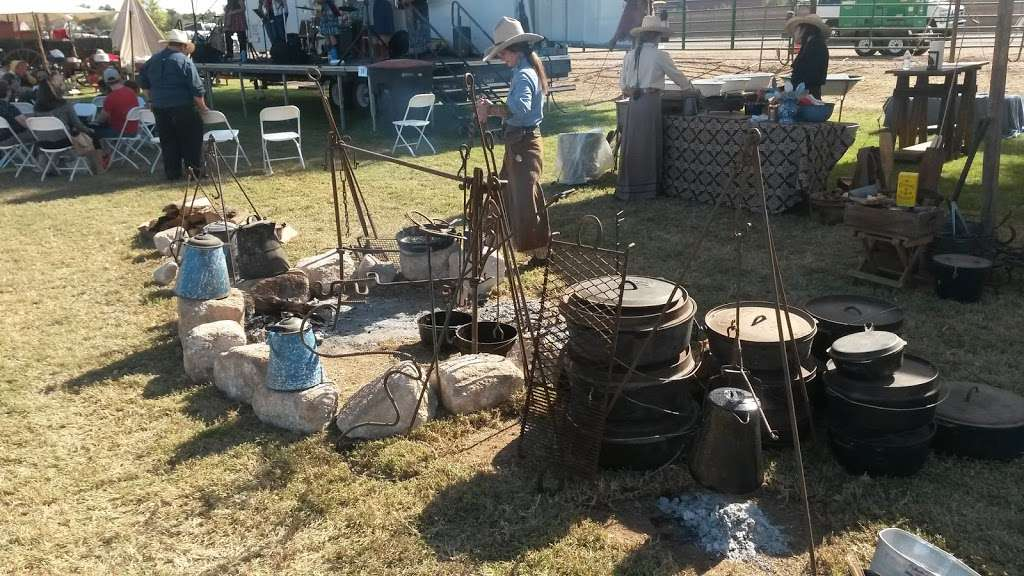 Tumbleweed Ranch - museum  | Photo 3 of 10 | Address: 2250 S McQueen Rd, Chandler, AZ 85286, USA | Phone: (480) 782-2717