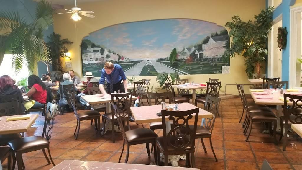 The Grand Banquet Room at Fresno Breakfast House - restaurant  | Photo 7 of 10 | Address: 2079 W Bullard Ave, Fresno, CA 93711, USA | Phone: (559) 431-1385