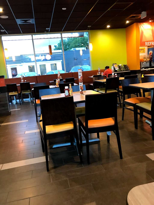 Pollo Campero - restaurant  | Photo 4 of 10 | Address: 7754 W Bellfort Blvd, Houston, TX 77071, USA | Phone: (832) 968-3301