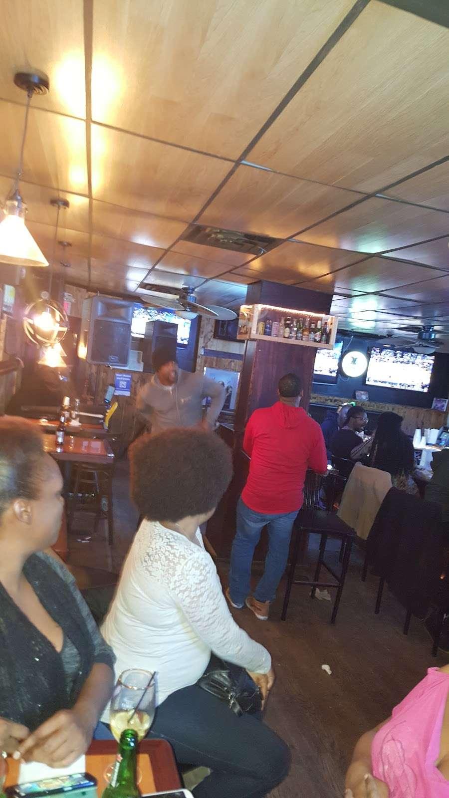 Lou & Choo Lounge - night club  | Photo 6 of 10 | Address: 2101 W Hunting Park Ave, Philadelphia, PA 19140, USA | Phone: (215) 228-7281