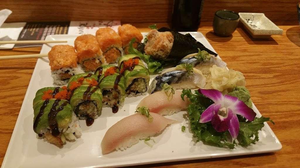 Kyoto Sushi V - restaurant    Photo 3 of 6   Address: 418 Forest Ave, Staten Island, NY 10301, USA   Phone: (718) 727-6666