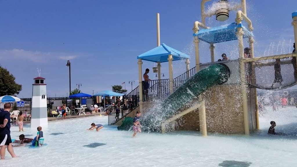 Shipwreck Cove Spray Park - park  | Photo 1 of 10 | Address: S Clinton Ave, Bay Shore, NY 11706, USA | Phone: (631) 224-5404