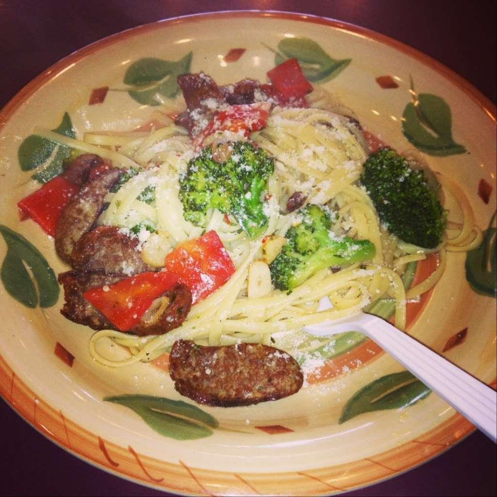 South Shore Pizzeria - restaurant  | Photo 7 of 10 | Address: 245 Sheridan Blvd, Inwood, NY 11096, USA | Phone: (516) 239-3700