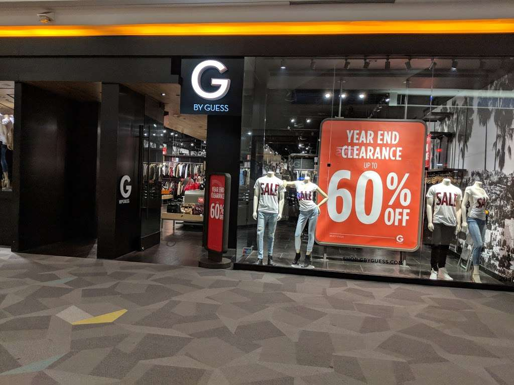 G by GUESS - clothing store  | Photo 4 of 6 | Address: EASTRIDGE MALL, 2200 Eastridge Loop #2048, San Jose, CA 95122, USA | Phone: (408) 238-2094