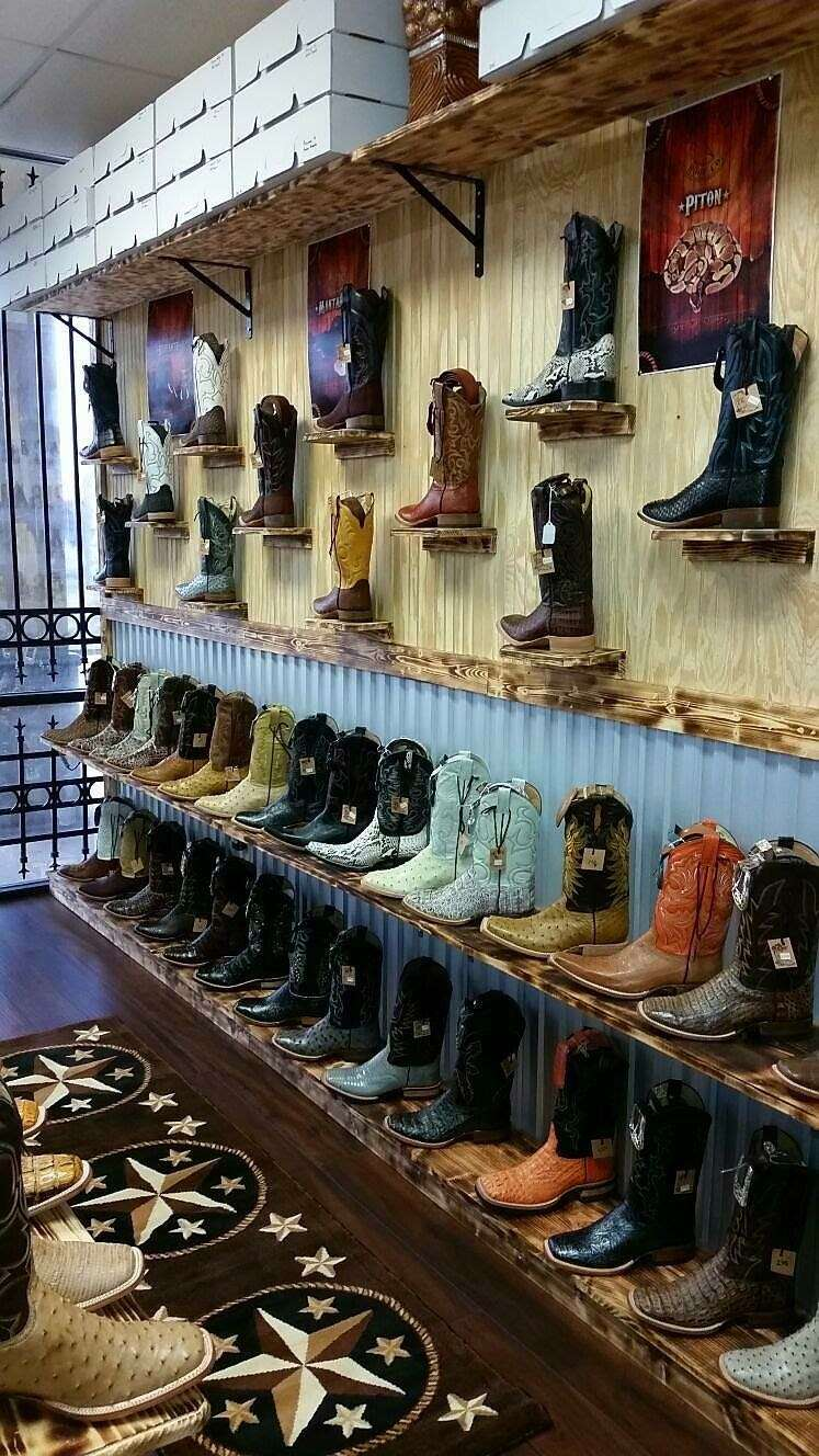 LA HACIENDA BOOT CO. - shoe store  | Photo 1 of 10 | Address: 2525 S Wayside Dr, Houston, TX 77023, USA | Phone: (713) 514-9939