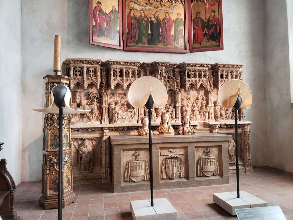 The Met Cloisters - museum  | Photo 4 of 10 | Address: 99 Margaret Corbin Dr, New York, NY 10040, USA | Phone: (212) 923-3700