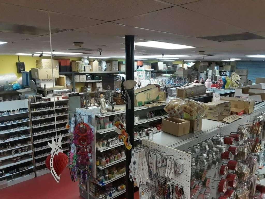 Botanica Angelos Careva imp. - home goods store    Photo 2 of 10   Address: 993 W Valley Blvd #221, Bloomington, CA 92316, USA   Phone: (909) 421-1885