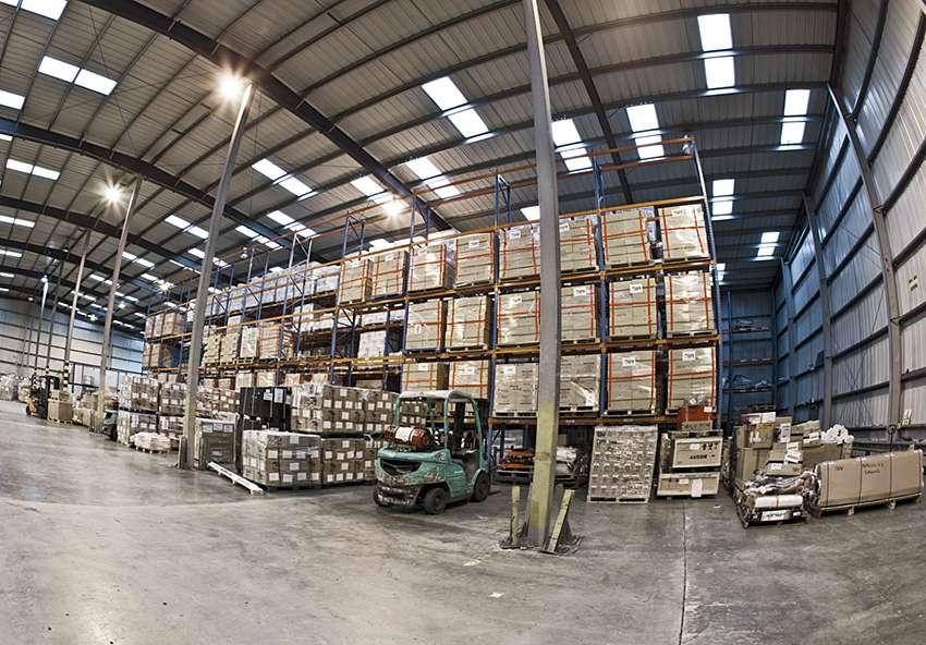 Forest Freight Ltd. - moving company    Photo 8 of 10   Address: Barlow Way South, Fairview Industrial Park, Rainham RM13 8UJ, UK   Phone: 01708 552222