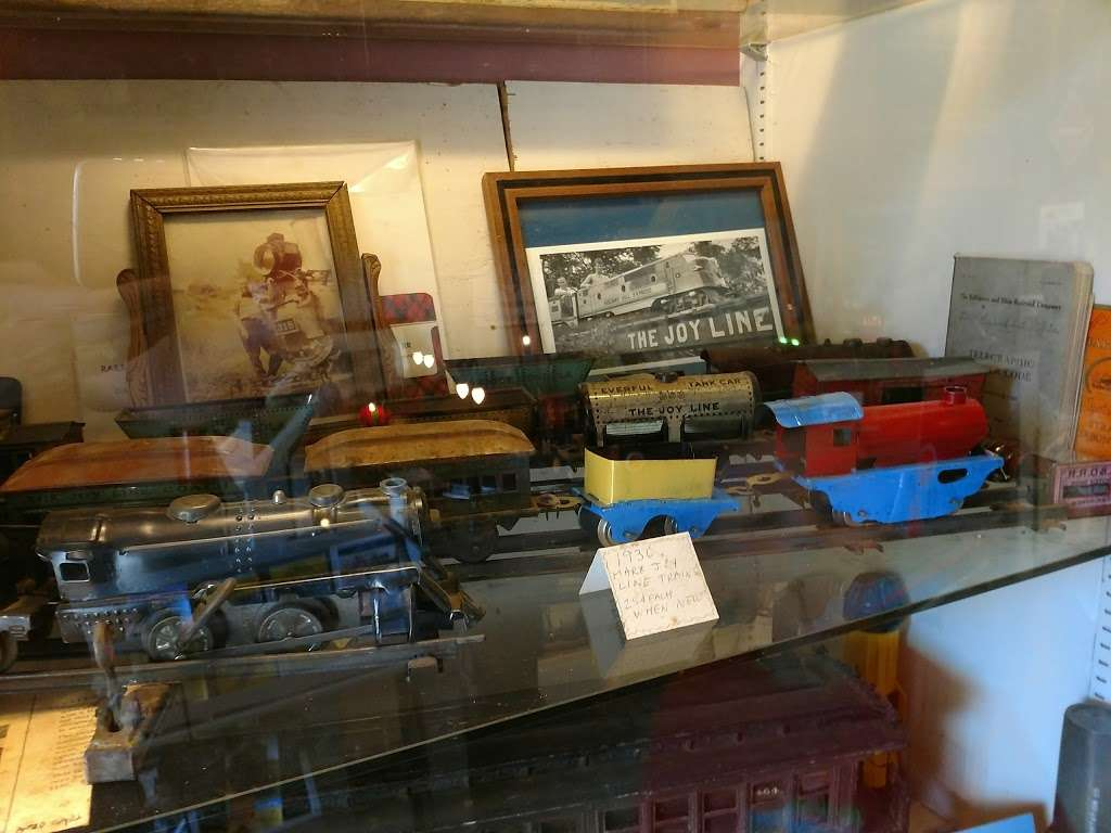 Harpers Ferry Toy Train Museum & Joy Line Railroad - museum  | Photo 1 of 10 | Address: 933 Bakerton Rd, Harpers Ferry, WV 25425, USA | Phone: (304) 535-2521