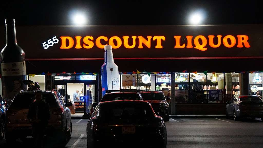 555 Discount Liquor - store  | Photo 2 of 10 | Address: 555 Tonnelle Ave, Jersey City, NJ 07307, USA | Phone: (201) 222-1349