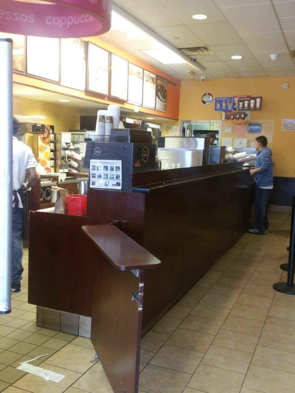 Dunkin Donuts - cafe  | Photo 7 of 10 | Address: 1720 Atlantic Ave, Brooklyn, NY 11213, USA | Phone: (718) 756-1011