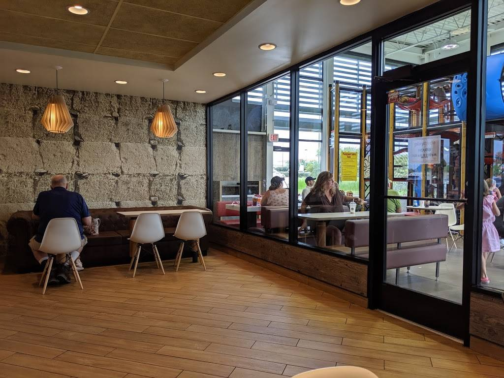 McDonalds - cafe  | Photo 1 of 8 | Address: 6707 Alexandria Pike, Alexandria, KY 41001, USA | Phone: (859) 635-9922