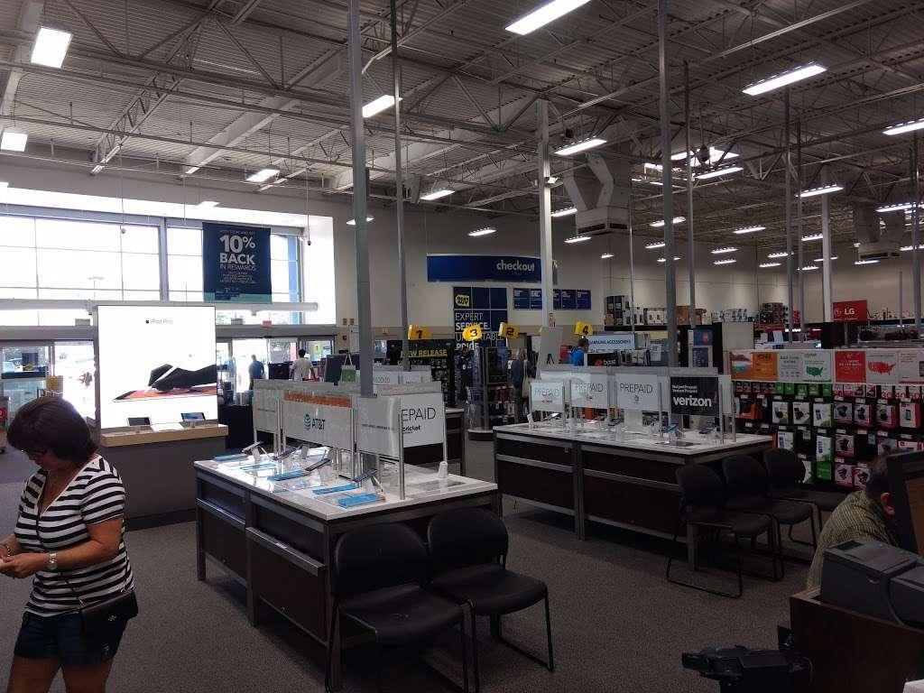 Best Buy - electronics store  | Photo 8 of 10 | Address: 23000 Savi Ranch Pkwy, Yorba Linda, CA 92887, USA | Phone: (714) 685-3235