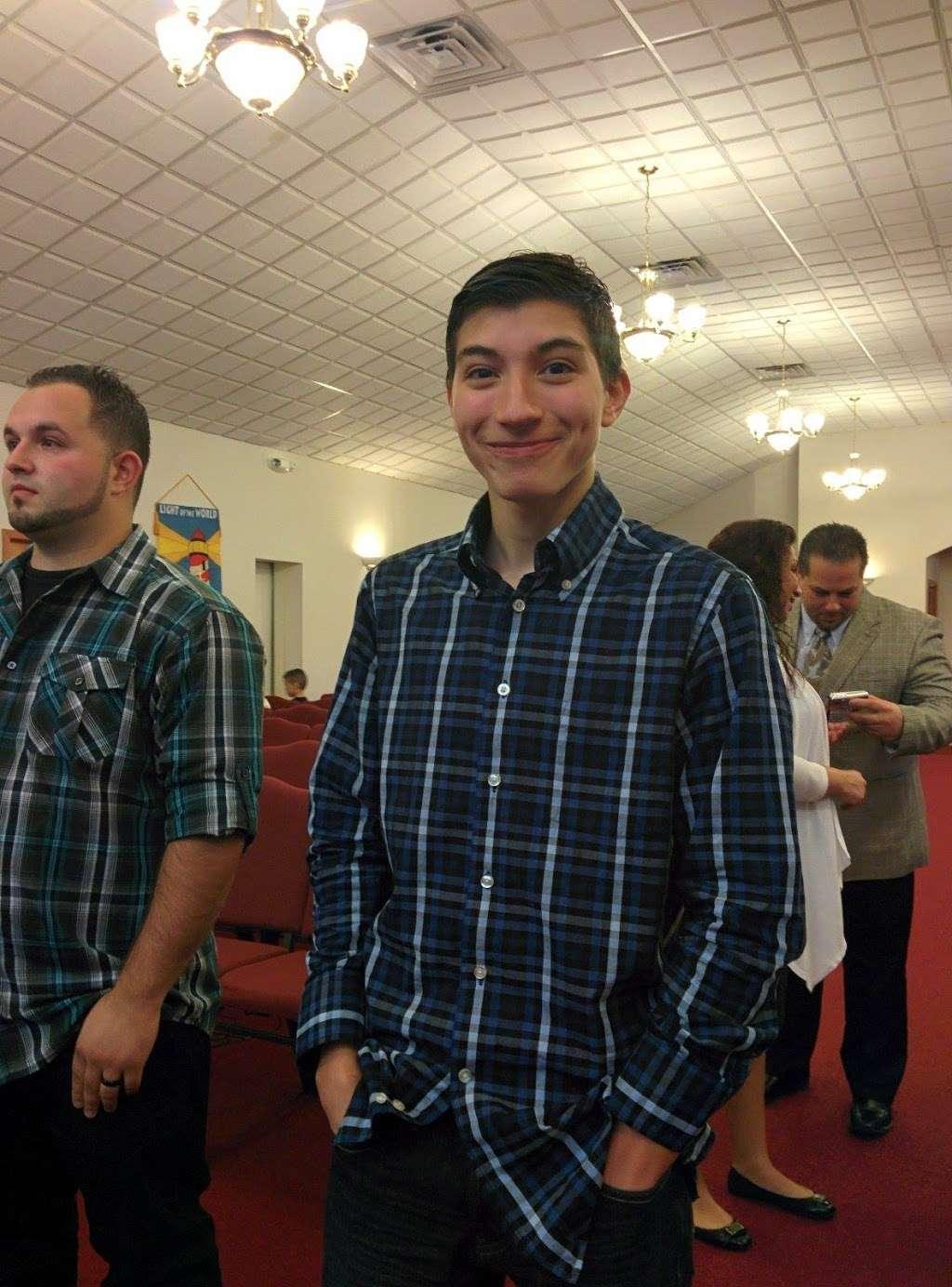 Apostolic Missionary Church - church  | Photo 10 of 10 | Address: 2686 S 12th St, Milwaukee, WI 53215, USA | Phone: (414) 645-7383